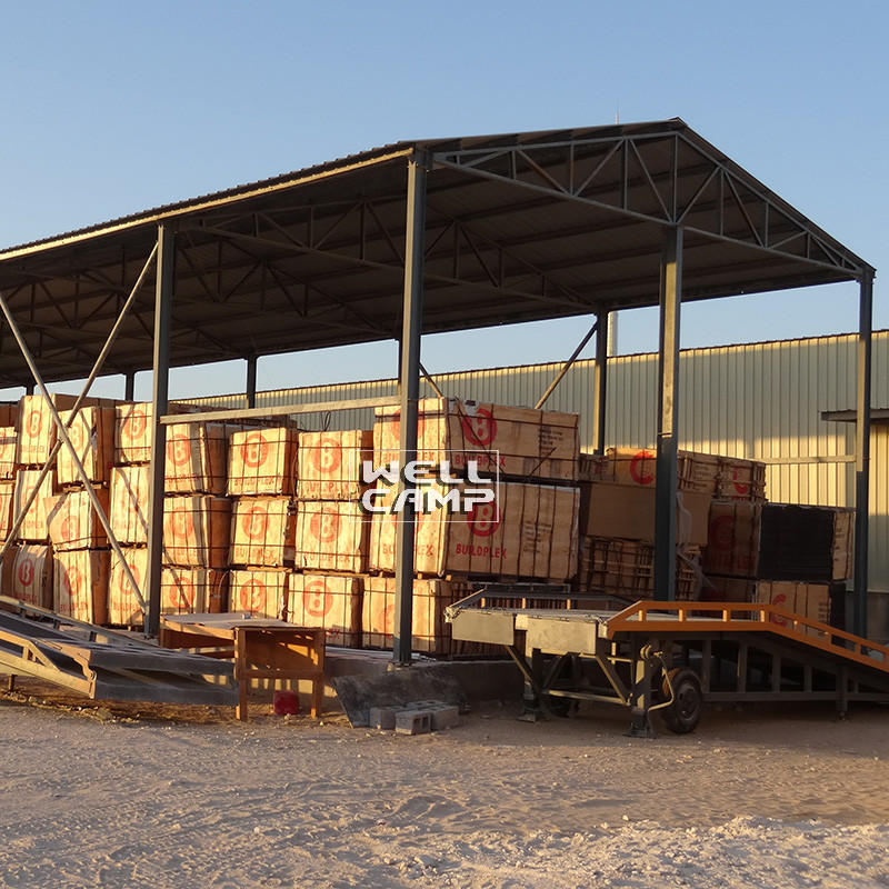 Hot prefab warehouse sandwich steel warehouse brick