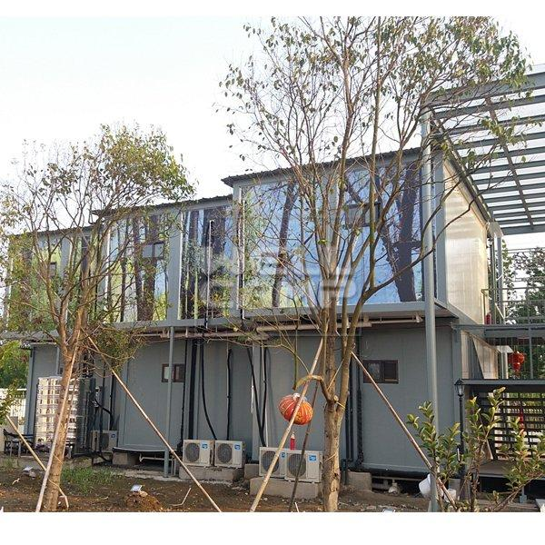 Two Floor Prefab Container Hotel Villa in Garden, Wellcamp D-18